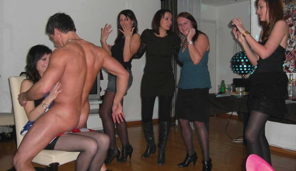 Stripteaseur à domicile Metz - Moselle