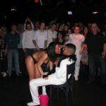 Stripteaseuse Charmes Shaina