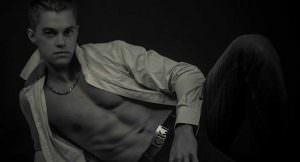 Chippendales Moselle Evan